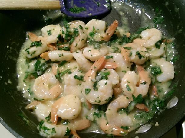 Lemony Zucchini Noodle Shrimp Scampi