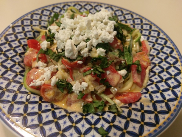 Zasta with tomatoes and goat cheese | The Half-Crunchy Mama